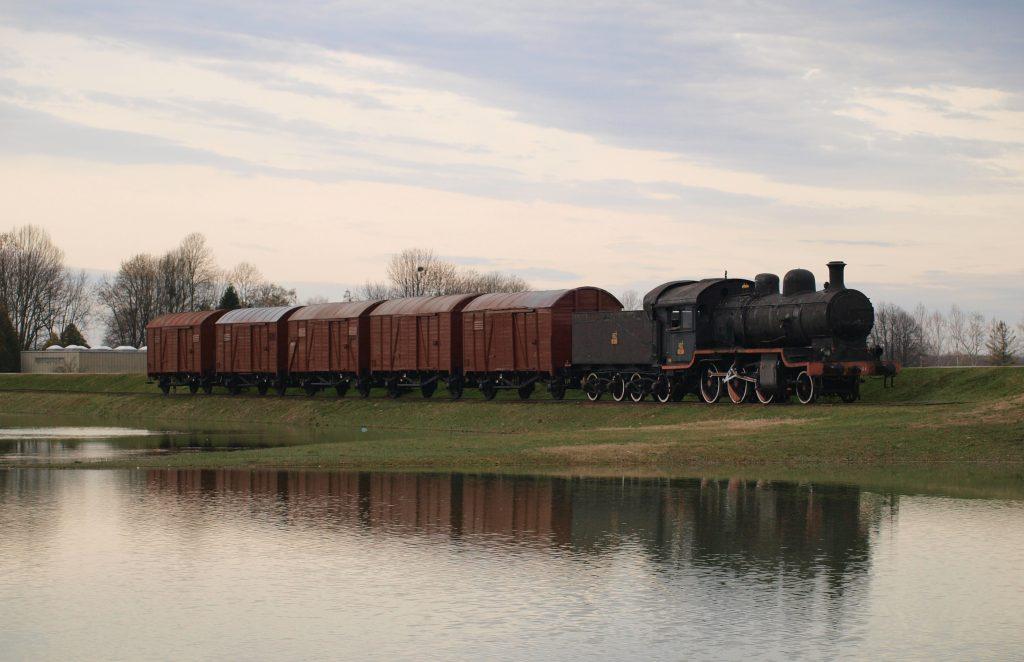 vlak jasenovac